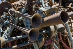 Rideau Antiques Yard-353