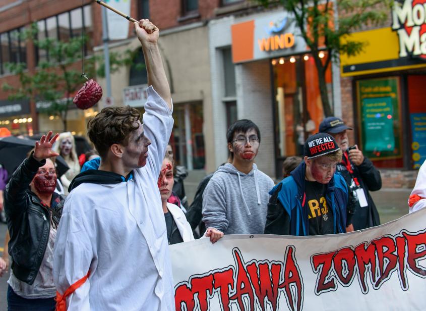 ottawa-zombie-walk-2016-6