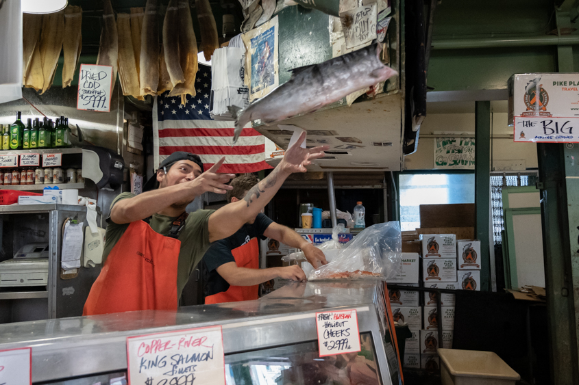 Pike Place Fish Company June 2019_024